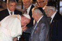 Почему папа римский солгал о «Последнем Рождестве»